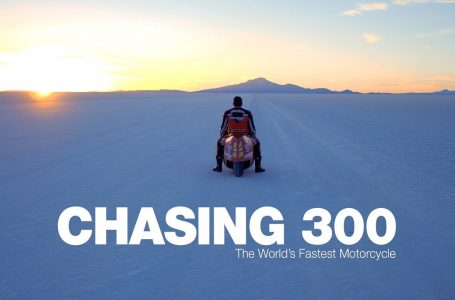 Chasing 300 – The World's Fastest Motorcycle ⭐