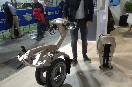 Foldable scooter 2020