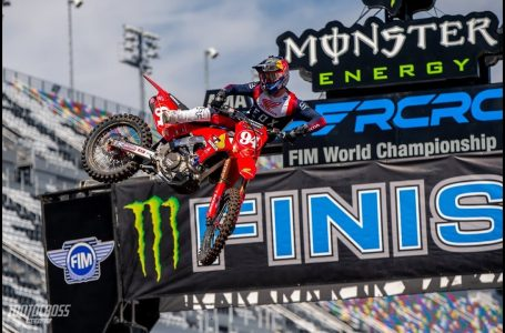 5ºTopic –  Ride hard or not ride at all  | Motocross & Enduro | Epic Moto Moments