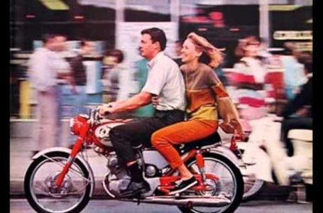 The Beach Boys – Little Honda