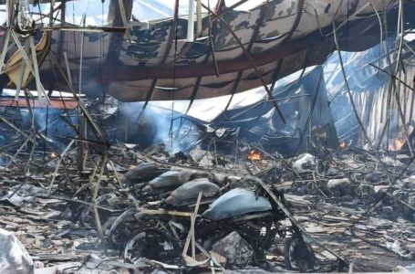 Pavoroso incendio que destruyo el concesionario Kawasaki Ovimoto en Asturias