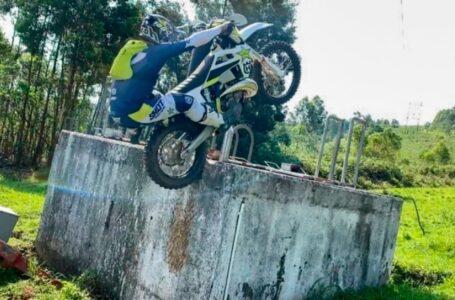 Incredible Dirt Bike Skills 2021 | Enduro & Motocross | Epic Moto Moments