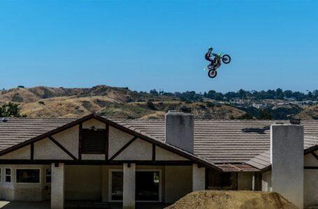 Motocross GO BIG OR GO HOME
